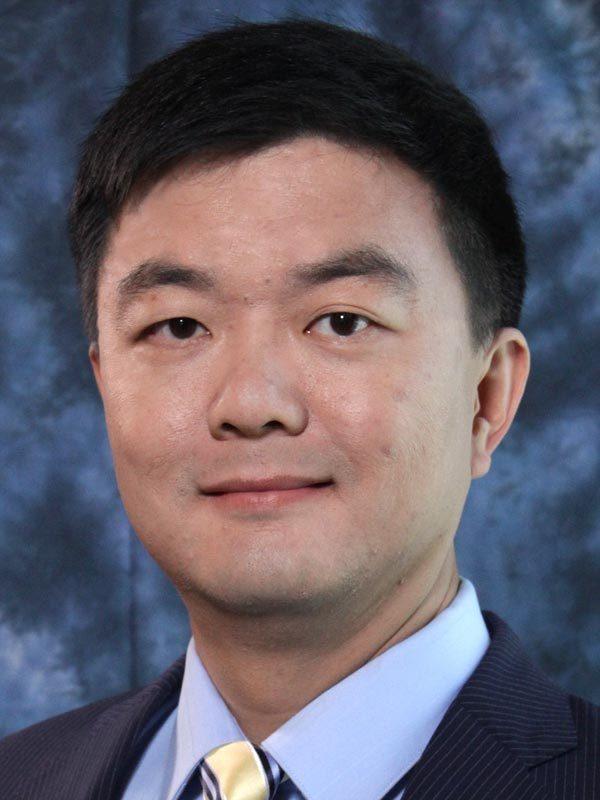 VP Engineering Renxin  Xia at SiFive  Portrait